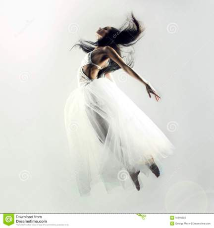 fairy-flying-girl-16119663